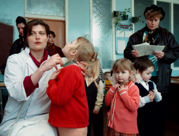 doctor-children-chernobyl-e1461672389123.jpg